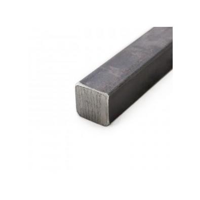 Fer carré de 14 mm en acier brut