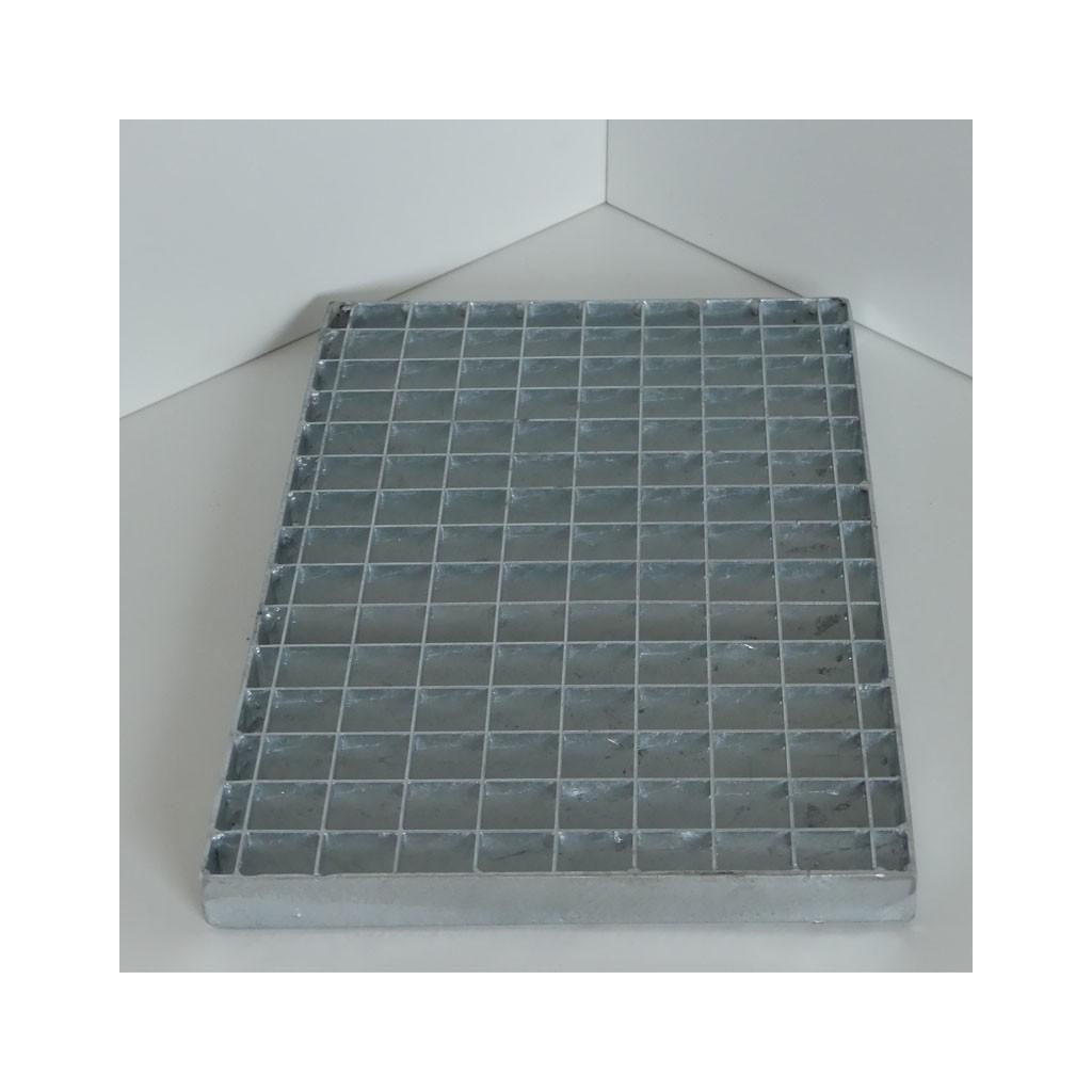 caillebotis press en acier galvanis maille 30 30 et porteurs 25 3 mm. Black Bedroom Furniture Sets. Home Design Ideas