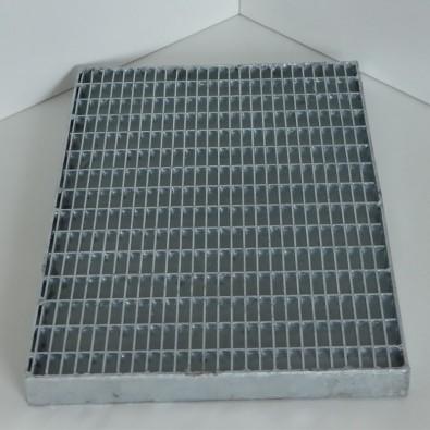 caillebotis press en acier galvanis maille 30 10 et porteurs 30 3 mm. Black Bedroom Furniture Sets. Home Design Ideas