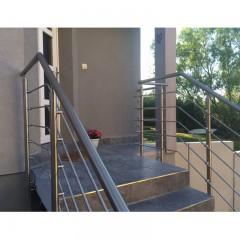 garde corps et rampes d 39 escalier rambardes inox en kit. Black Bedroom Furniture Sets. Home Design Ideas