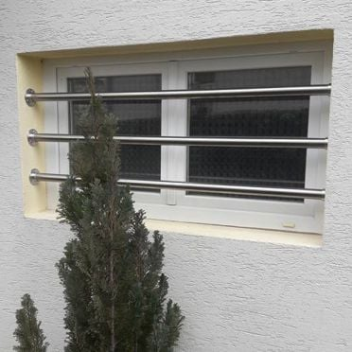 Kit barres de défense pour fenêtres ou vasistas en inox brossé