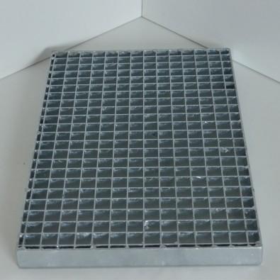 Caillebotis pressé acier galvanisé maille 20x20 mm - porteurs 30x2 mm dim. *1000* x 1000 mm hauteur 30 mm