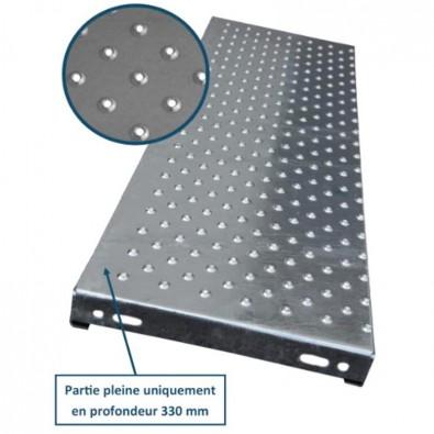 Marche escalier acier à picots antidérapants 600 x 240 mm galvanisée
