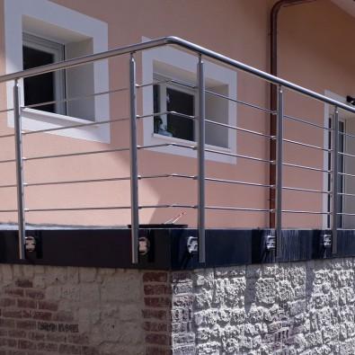 Garde corps inox en kit 5 barres à l'anglaise : rampe escalier, terrasse, balcon, mezzanine